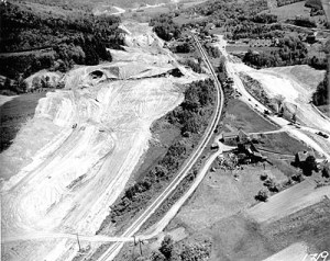 Undated aerial photograph of the construction of I-89 in Middlesex, VT. Photo #T-1, Dept. of Highways Photograph Collection, Vermont State Archives