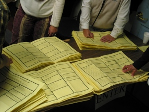 Counting paper ballots in Cornwall, VT, in 2004 (cc photo by origamidon)